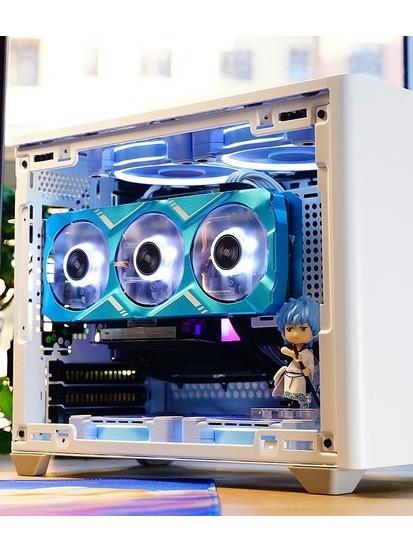 简晒diy的蓝白配色的ITX主机