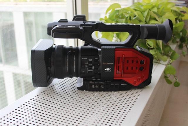 最爱那一抹亮红! 4K松下AG-DVX200摄像机