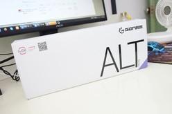 买个双模小键盘 GANSS ALT 71机械键盘