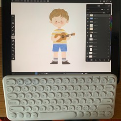 ipad+蓝牙键盘。用来画画真的超极方便
