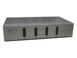 LANBE AS-41UA 1组KVM操作4 台主机 桌面式   键盘、鼠标接口USB  带音频