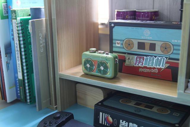 超强回忆杀,猫王霹雳唱机致敬抖腿四十周年