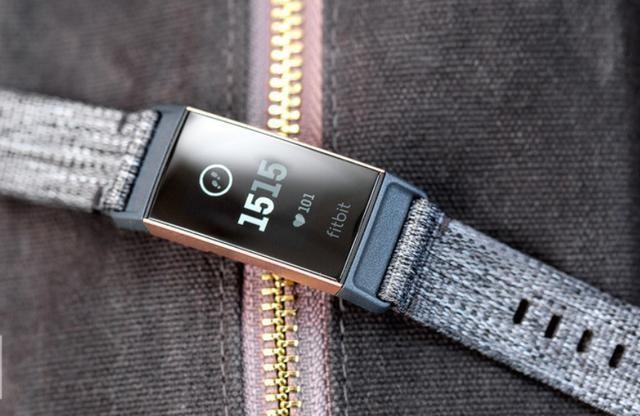 精致外观下有一颗强悍内芯,Charge 3智能手环深受白领喜爱