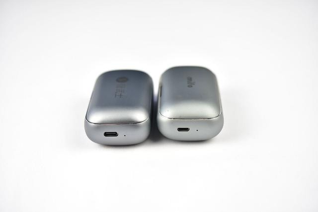 国产两款高性价比真无线耳机对比,撞衫撞出水平来