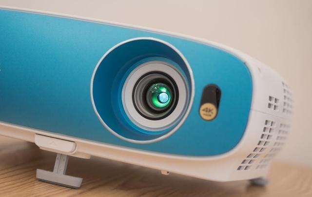 4K+HDR,万元以下最值得买的投影机:明基TK800M