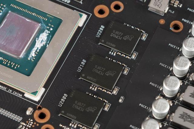 7nm显卡上限有多高,信仰加持,华硕ROG STRIX 5700XT拆解评测