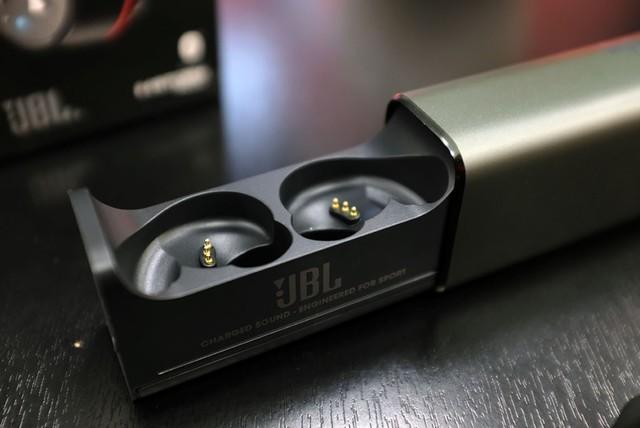JBL UA FLASH可水洗的耳机ipx7级防水
