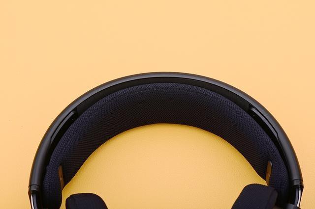 网课时代新选择,三段均衡音乐娱乐外带兼顾,入手飞利浦SHP9500