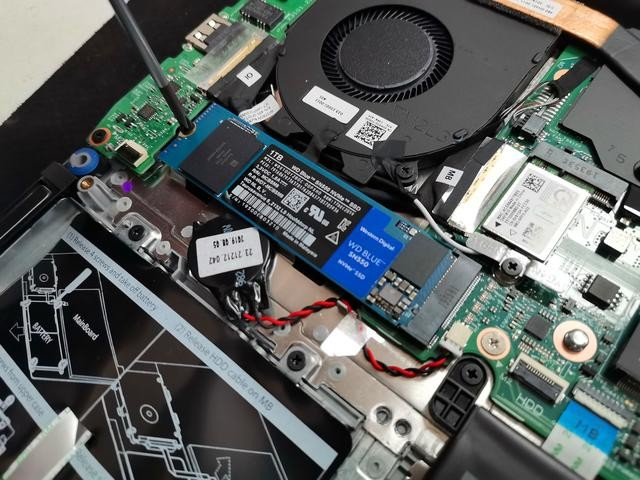 WD Blue SN550 NVMe SSD,性能强劲,拯救强迫症