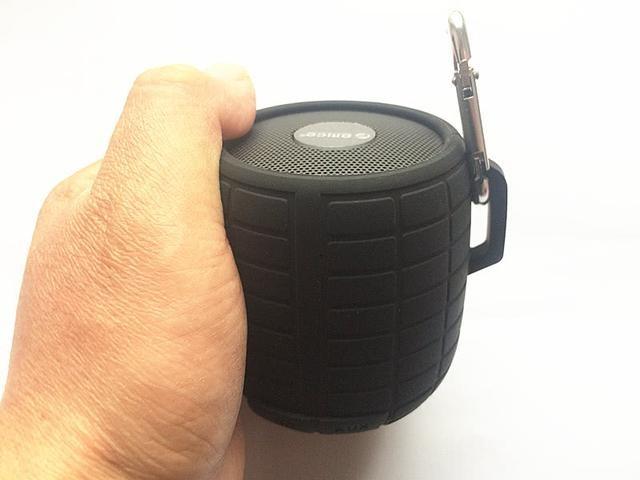 雷霆户外三防蓝牙音箱,带给你不一样的户外生活体验