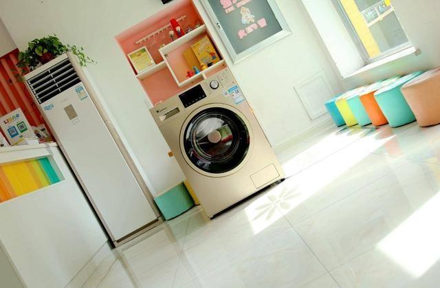 让衣物干净的更优雅——小天鹅10KG全自动变频滚筒洗衣机