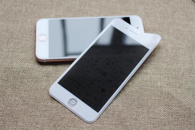 手机贴膜玄学!防窥膜能够守卫用户隐私?看买家怎么说