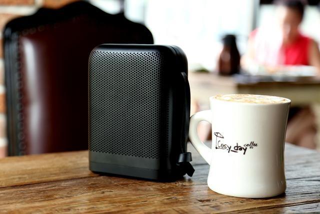 感受极简北欧风,只需要一B&O P6无线便携音箱
