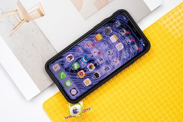 雷蛇冰铠降温黑科技,iPhone 11 Pro Max不一样的急速降温手机壳