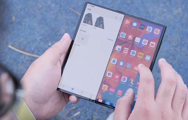 折叠屏手机的很佳方案?华为Mate X似乎给出了答案
