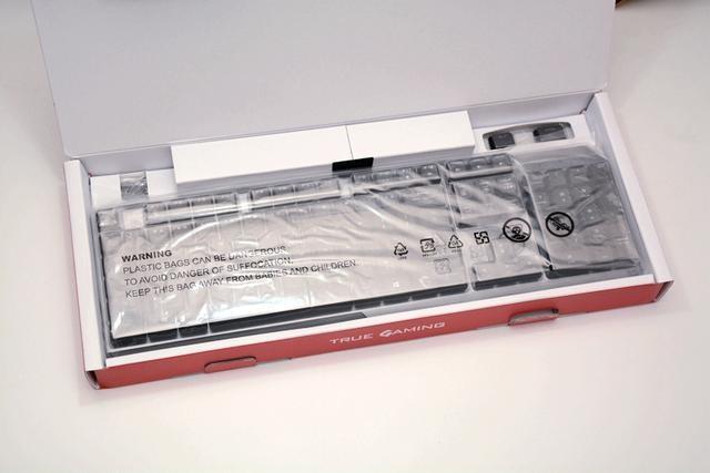 全网首发,微星首款超薄轴键盘来了,支持Mystic Light联动灯效
