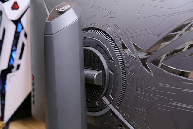 能超频的显示器是什么体验?ROG STRIX XG279Q电竞显示器评测