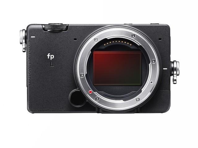 6100万传感器适马fpL相机:防抖、机械快门全无