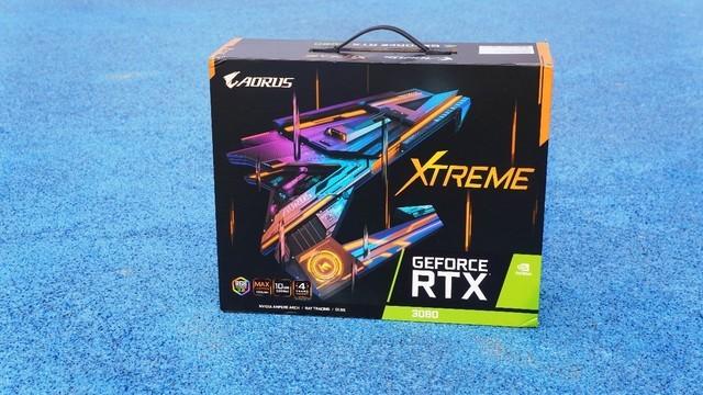 体积更大、性能与散热更强的技嘉RTX3080开箱