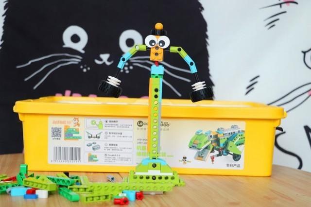Lecoo机器人大师初体验:编程教育机器人入门,寓教于乐