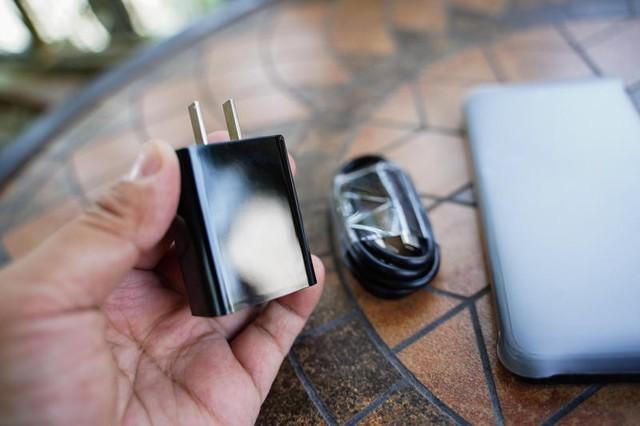 国产傲娇,硬汉必选:户外手机里的第一款5G手机AGM X5体验