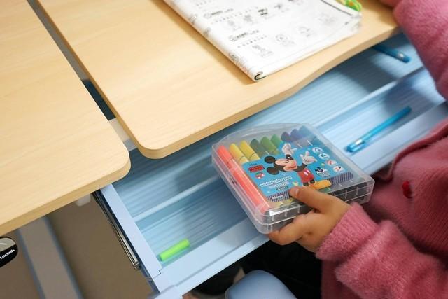 让孩子快乐学习,乐歌EC2儿童升降桌培养正确坐姿