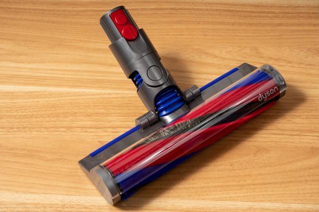 戴森Digital Slim轻量无绳吸尘器评测:轻至1.5KG家务活更轻松?