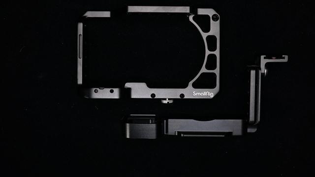 升级我的装备 - 斯莫格SmallRig相机兔笼索尼A6400