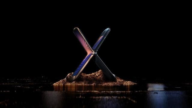 motorola razr刀锋5G折叠手机发布,重铸经典