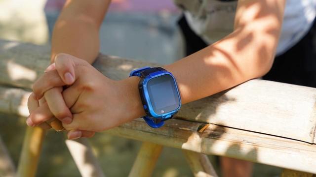 小寻AI学习手表X3评测:低至469元,还有前侧双摄