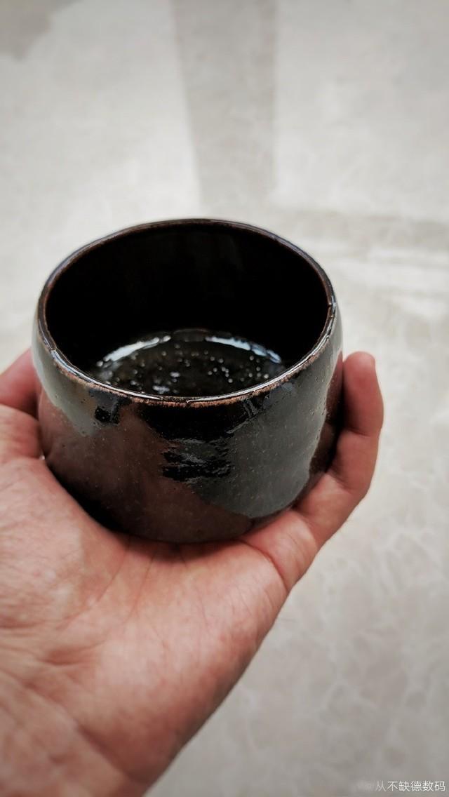 体验拉坯制作瓷器传统手工艺的精深