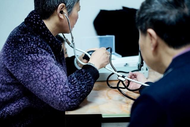 随时掌握血压状况:华为智选脉搏波血压计测评