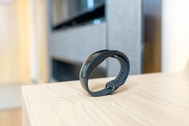 3D曲面屏的智能手表,华米Amazfit X给你不一样的体验