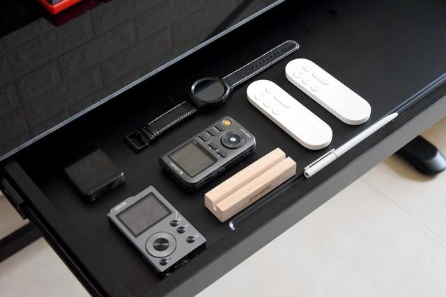 乐享生活新科技,百斤承重一键升降,乐歌E5电动升降桌体验