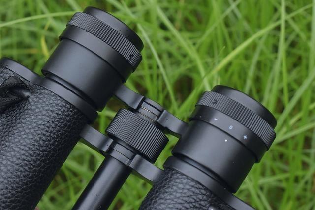 【图片7】复古镜身 清晰成像!——星特朗经典高清双筒望远镜体验