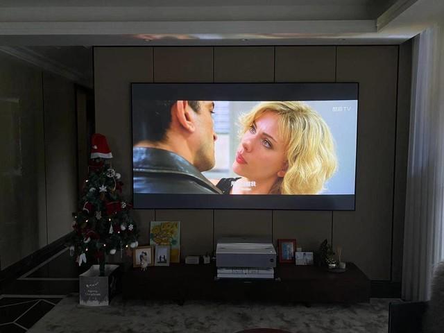 相比液晶电视,激光电视成为家装新宠