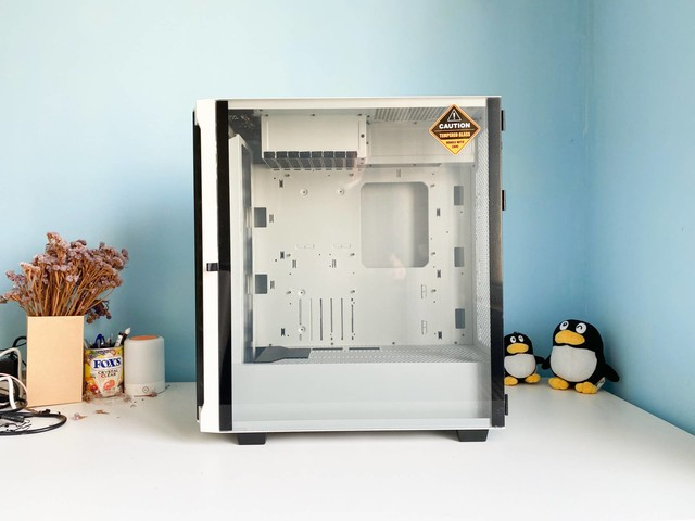 把显卡挂起来,让散热更通畅,鑫谷ATX3.0架构机箱对比实战